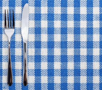 Cutlery onGingham